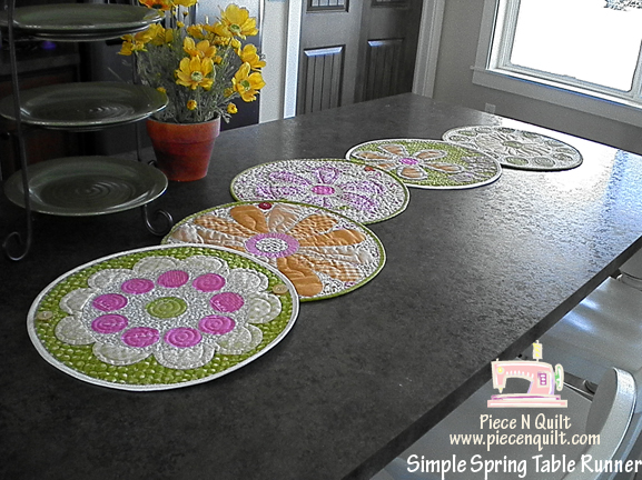 Superieur Simple Spring Table Runner Or Place Mats