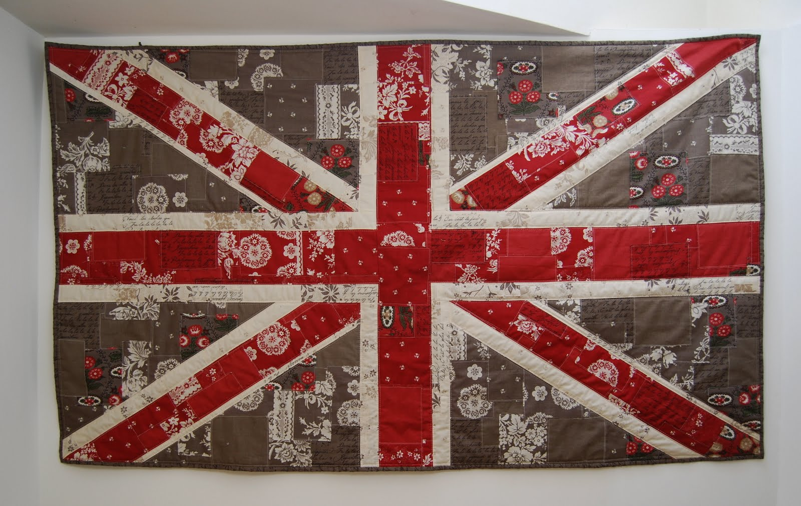 Shabby Chic Union Jack Wall Hanging Â« Moda Bake Shop : union jack quilt - Adamdwight.com