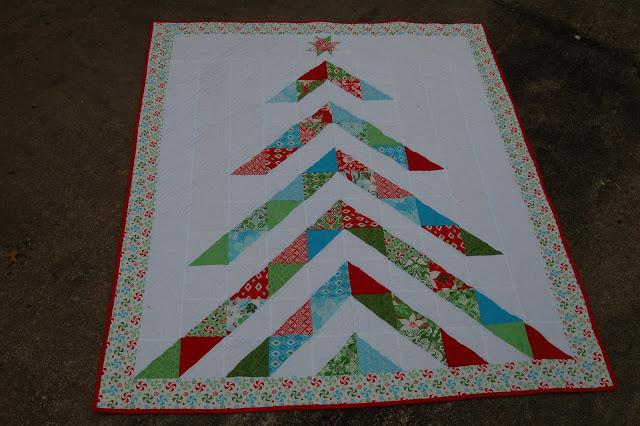 Christmas Quilt Patterns Moda : Oh, Christmas Tree Quilt Moda Bake Shop