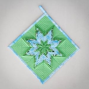 Fancy Folded Star Pot Holder Â« Moda Bake Shop : folded star quilt block - Adamdwight.com