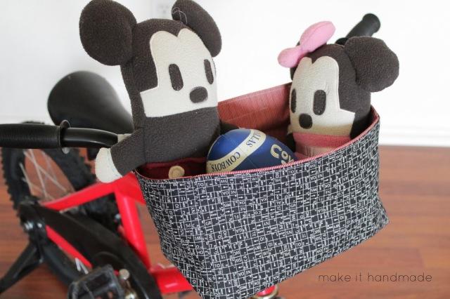 The Valencia Street Bike Basket-- Make a bike basket from a pair of fat quarters. Tutorial by Make It Handmade